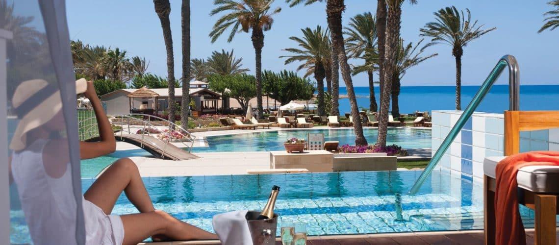 _03-asimina suites hotel-lifestyle_resized
