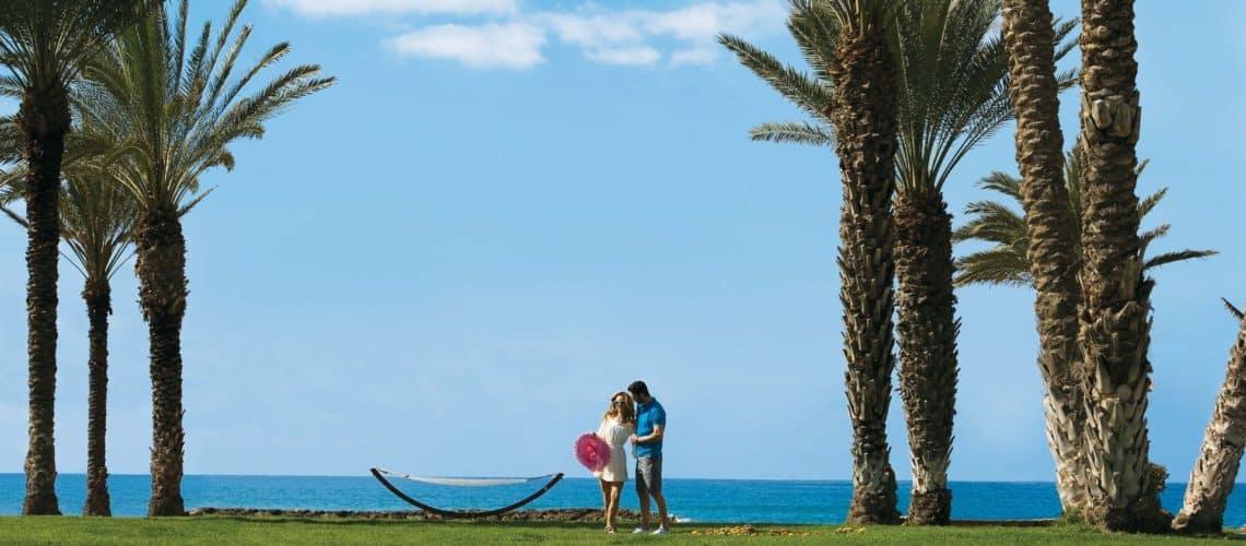 _04-pioneer beach hotel-pool_resized