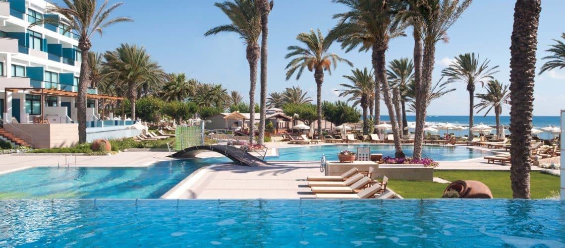 _05-asimina suites hotel-pool_resized