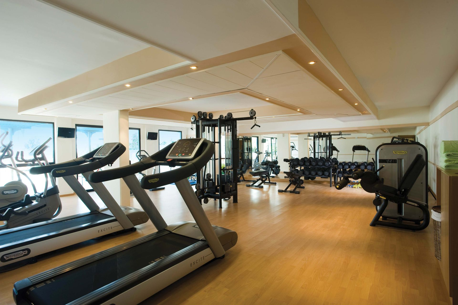 _27-asimina suites hotel-gym_resized